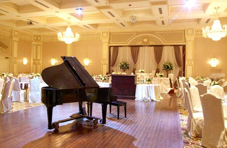 Piano at Wedding Reception