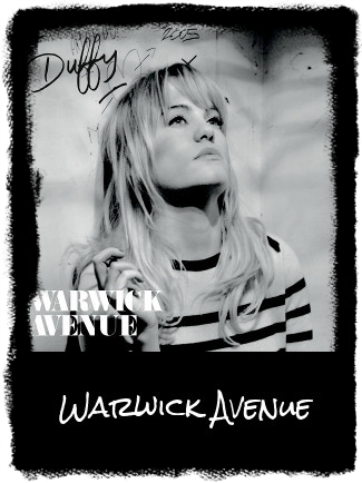 Anita performs Duffy's Warwick Avenue
